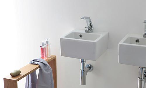 SANITARI : Wc, lavandini per il bagno, lavamani, bidet in vari materiali per l'arredo del bagno di casa e uffici.